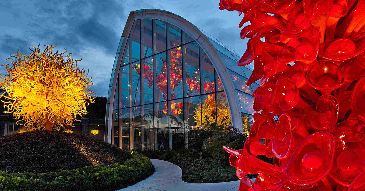 Chihuly Garden Gl Location And